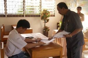 Asisten II Setda Kota Manado H. Rum Usulu, Selasa (05/04/16)