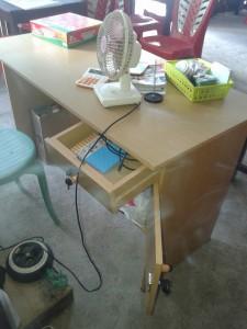 meja kasir yang sempat di bobol