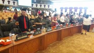 Anggota Dewan Sulut yang hadir