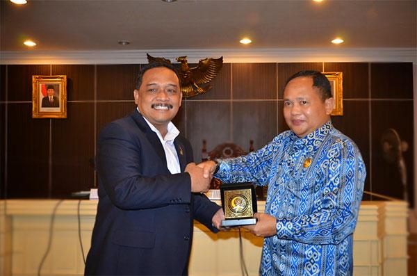 Benny Ramdhani dan Wakil Gubernur Sulawesi Utara Djouhari Kansil