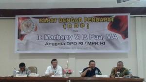 Saat Marhany Pua memberikan penjelasan tentang gejolak yang terjadi di DPD RI