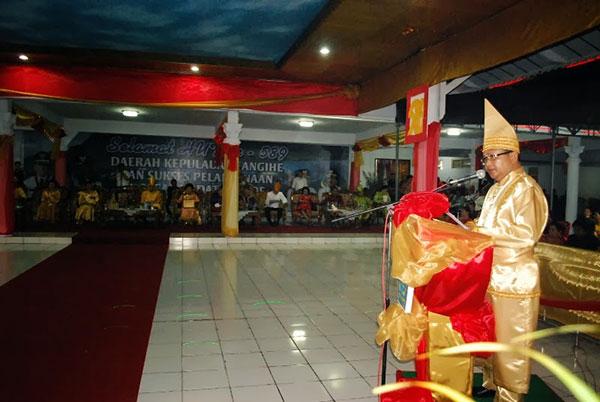 Djouhari Kansil  Saat Memberikan Sambutan di Pesta Adat Tulude