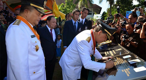 HUT Emas, Gubernur Resmikan Berbagai Proyek