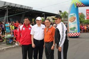 Foto Bersama Pejabat Walikota Roy Roring,Mecky M Onibala