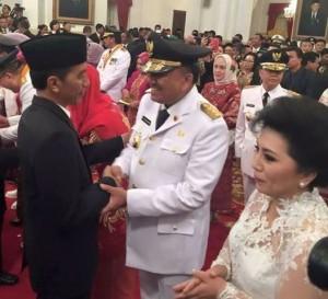 Gub n Jokowi