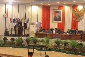 Rapat Paripurna DPRD Sulut, Senin (14/03/2016)