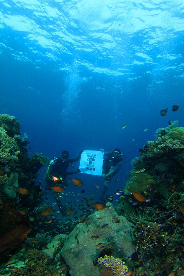 Instameet Underwater di Manado Dive Spot Malalayang