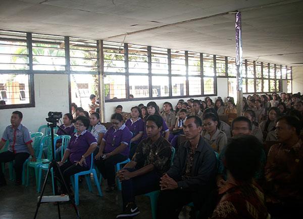 KPA dan gafatar Manado menggelar penyuluhan HIV AIDS di St. Fransico Xaverius Manado