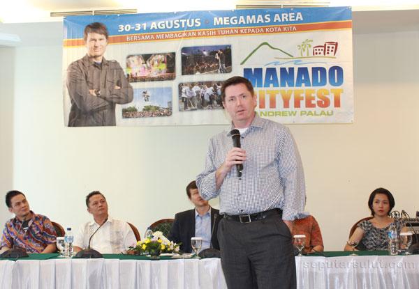 Mike Mercer - Manado Cityfest 2013