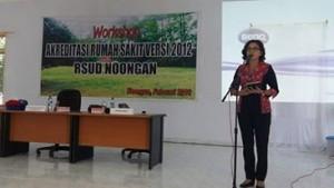 Direktur RSUD Noongan dr. Vally Ratulangi MKes