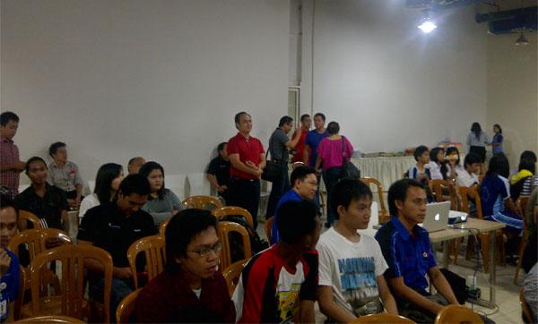 Nonton Bareng Film Kemanusiaan Bersama PMI di itCenter