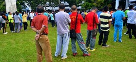 Olahraga Jumat Pagi Pegawai Pemprov Sulut Pakai Celana Jeans