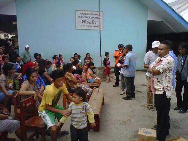 Pemberian-bantuan-korban-kebakaran-di-Kebakaran-di-Kelurahan-Istiqlal
