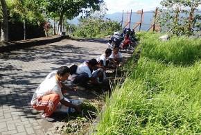 Pembersihan Objek Wisata Kaki Dian di Minahasa Utara