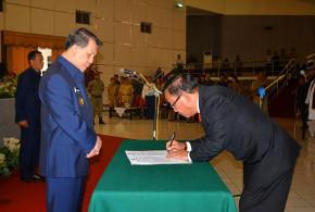 Penandatangan Berita Acara Pelantikan Sekda Definitif Kabupaten Minahasa Selatan
