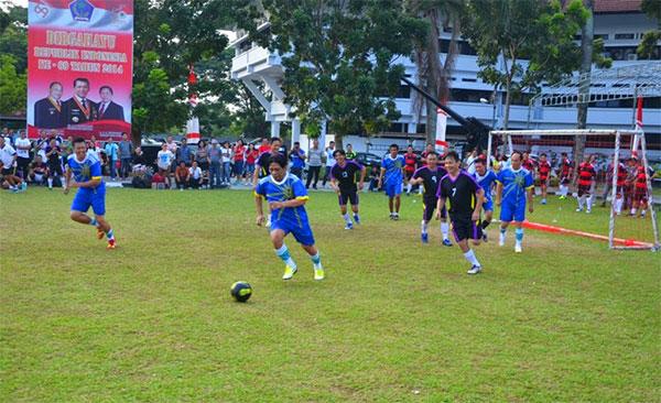 Pertandingan Futsal Antara Sekretariat Prov Sulut Melawan Wartawan Biro Pemprov Dalam Rangka HUT Emas Provinsi Sulawesi Utara