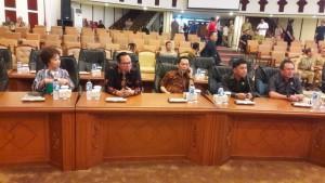Pimpinan DPRD Kabupaten kota yang hadir