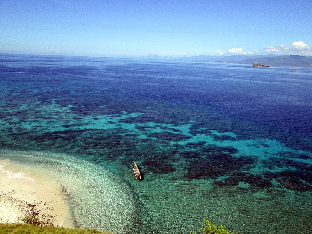 Pulau Baling-baling di Tumbak Minahasa Tenggara