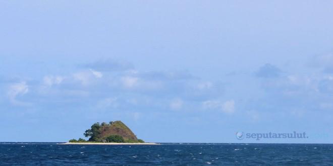 Pulau Ponteng di Tumbak Minahasa Tenggara