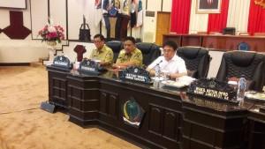 Rakor yang di pimpin oleh Ketua DPRD Sulut dihadiri Gubernur dan Wakil Gubernur Sulut, Olly Dondokambey dan Steven OE Kandouw