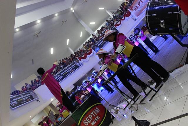 SMP Kristen Tomohon, Juara I dan Favorit Divisi Drum Band
