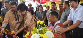 Sarundajang Meresmikan Gedung Layanan Autis di Manado