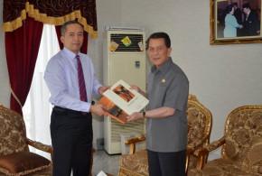 Sarundajang dan Konsul Jenderal RI di Hongkong Chalief Akbar