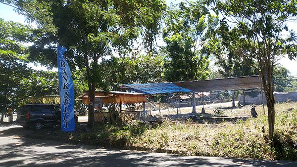 Tenda Peserta Festival Teluk Amurang Yang Kosong dan Telah Dibongkar | Foto: bro eser