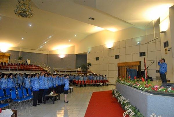 Upacara Korpri di Lingkup Pemerintah Provinsi Sulawesi Utara, Selasa 17 Juni 2014   Foto: Humas Prov Sulut