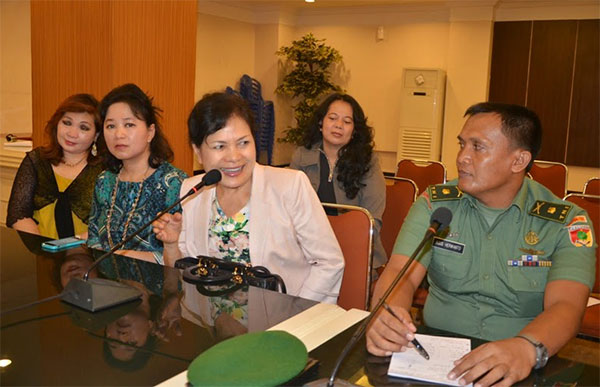 Utusan Kawanua Sedunia saat mengikuti rapat dengan panitia HUT Emas Sulawesi Utara