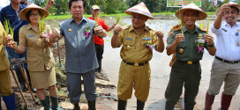 Wakil Gubernur Sulut Djouhari Kansil melaksanakan peletakan batu pertama pembangunan jaringan irigasi di Lembean Minahasa Utara