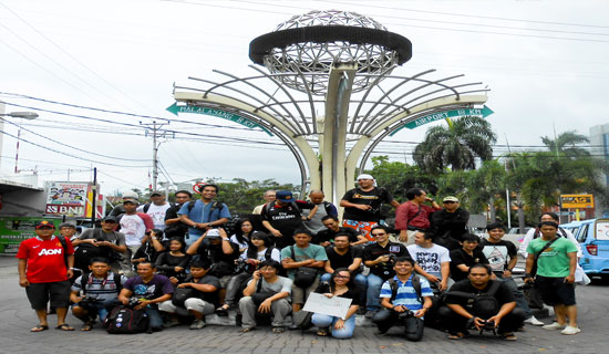 World Wide Photo Walk Manado - Para fotografer di Manado yang ikut serta. Foto: CG-seputarsulut.com