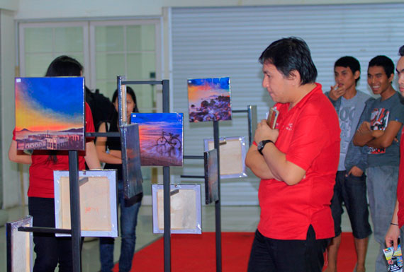 pameran foto instagram it center Manado dan iManado