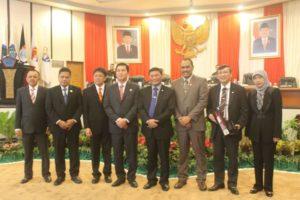 Pimpinan DPRD, DPD RI, BPK dan Wagub Sulut